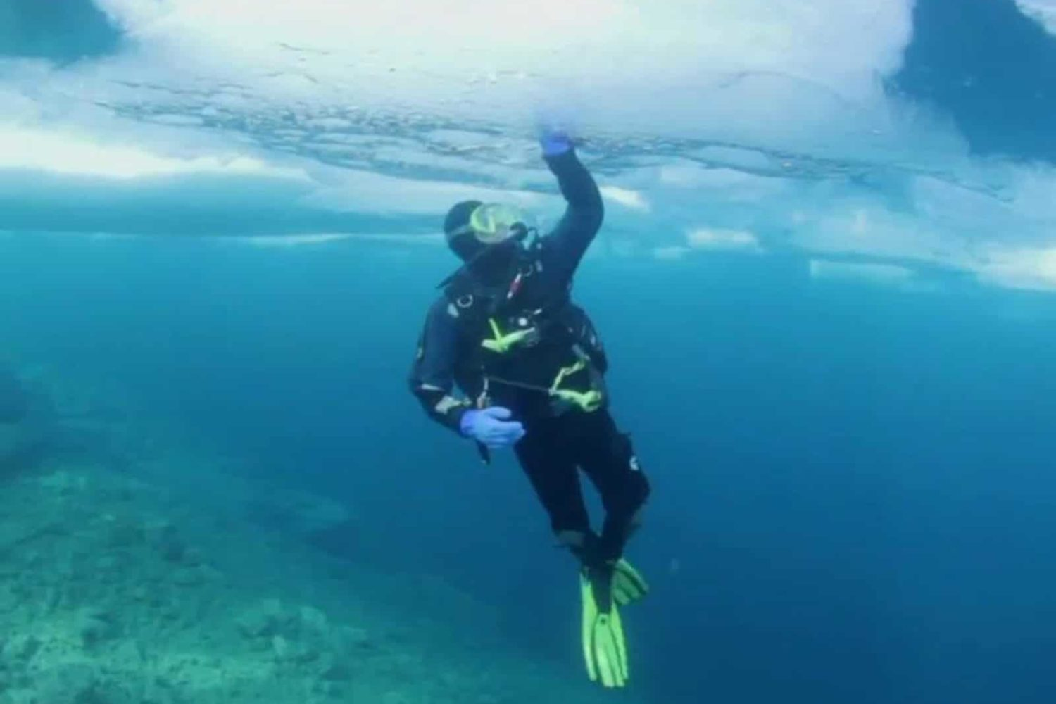 Scuba diving under ice Bled