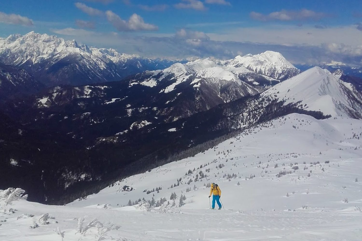 Ski touring in Slovenija